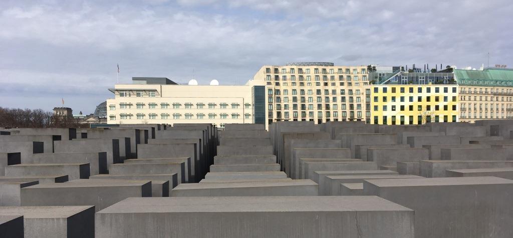 Holocaust-Memorial7
