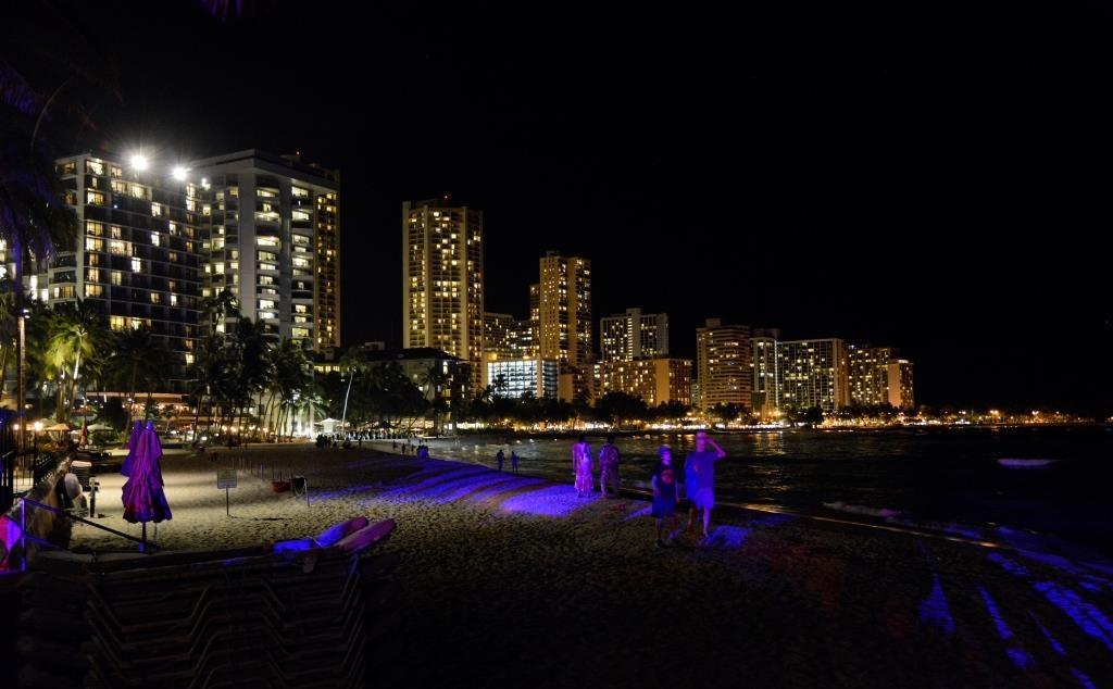House-without-a-key-Waikiki-4