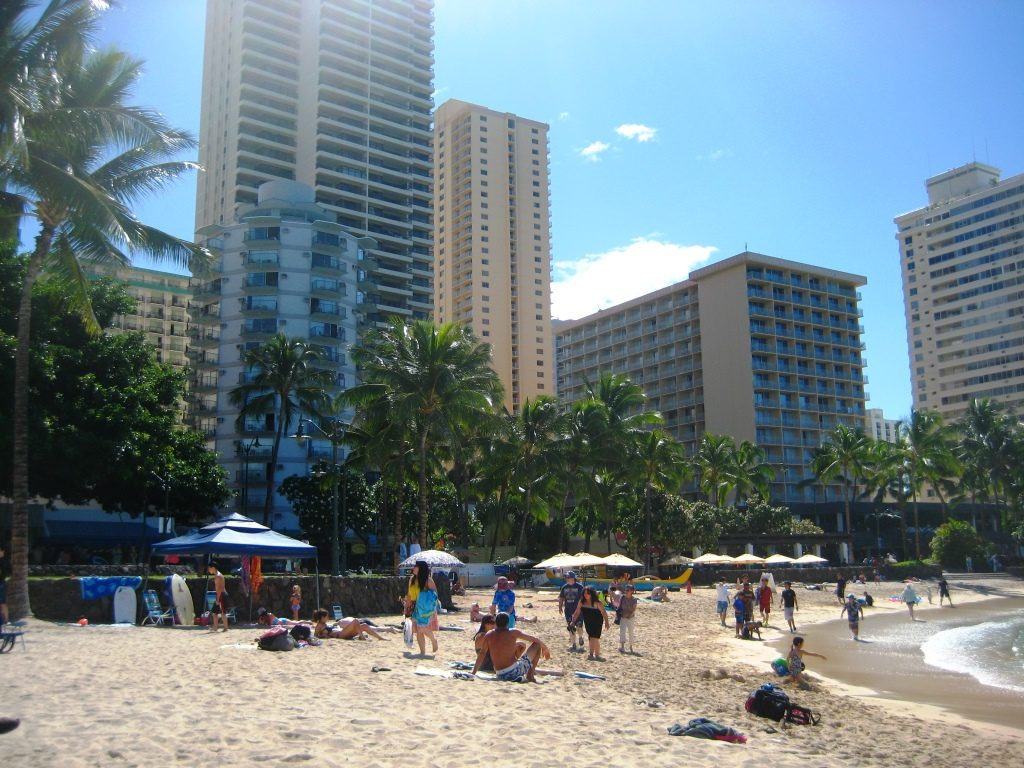 Aston Circle Hotel behind Waikiki Beach