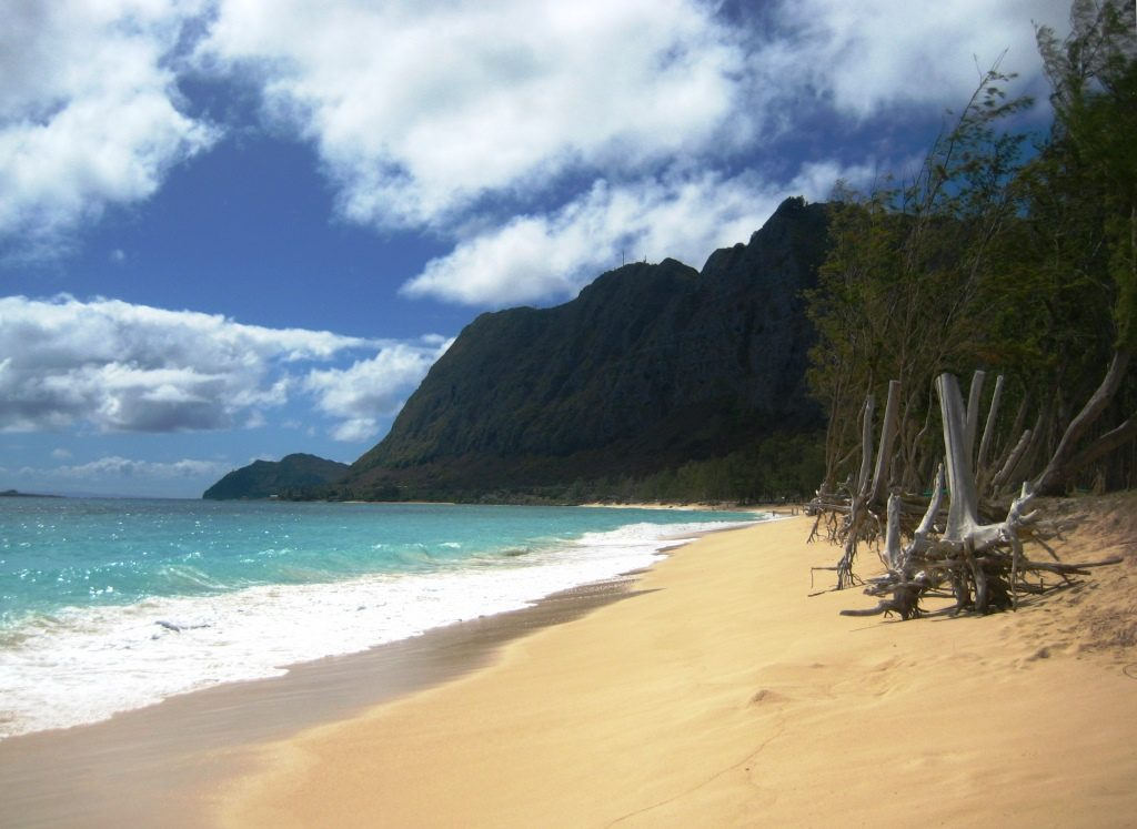 Waimanalo Beach, view to lighthouse