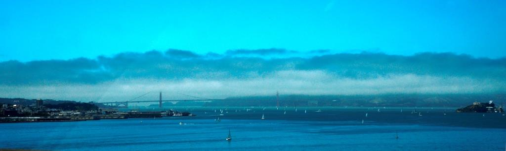 Panorama of the Golden Gateridge as seen from the Oakland Bay Bridge