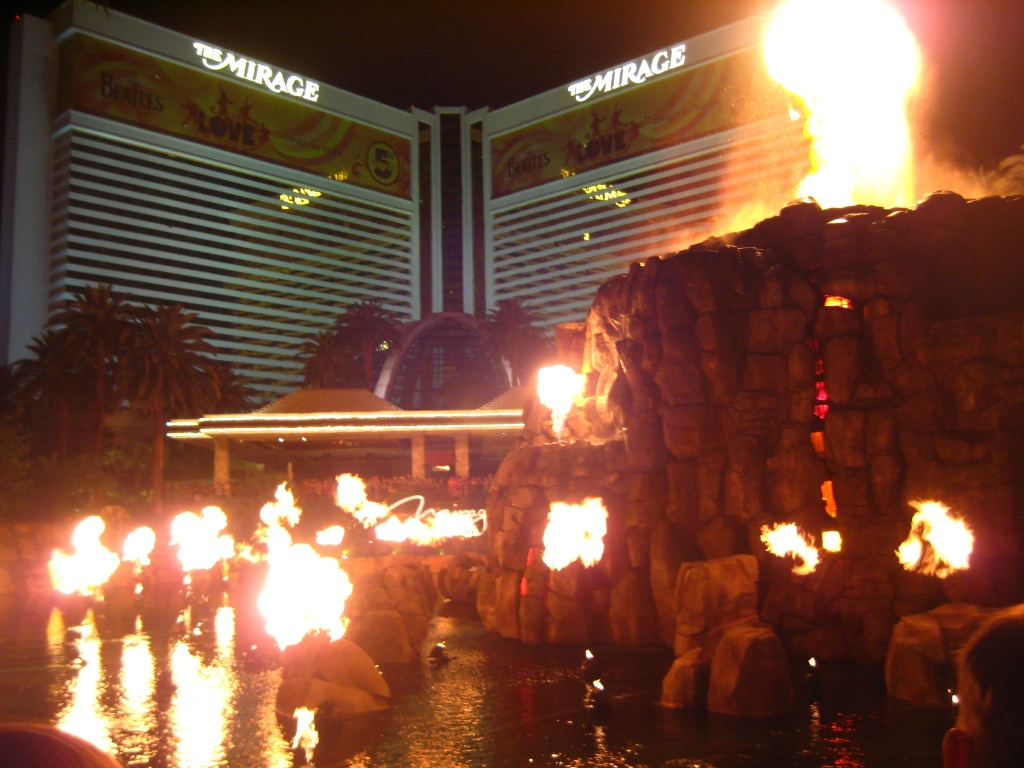 "Las Vegas Boulevard, ""volcano eruption"" at The Mirage Hotel"