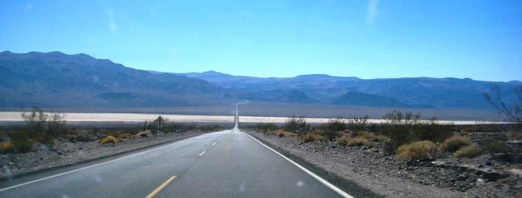 street behind Furnace Creek gas station at Death Valley