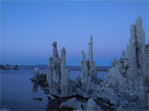 Tufa formation in the dust