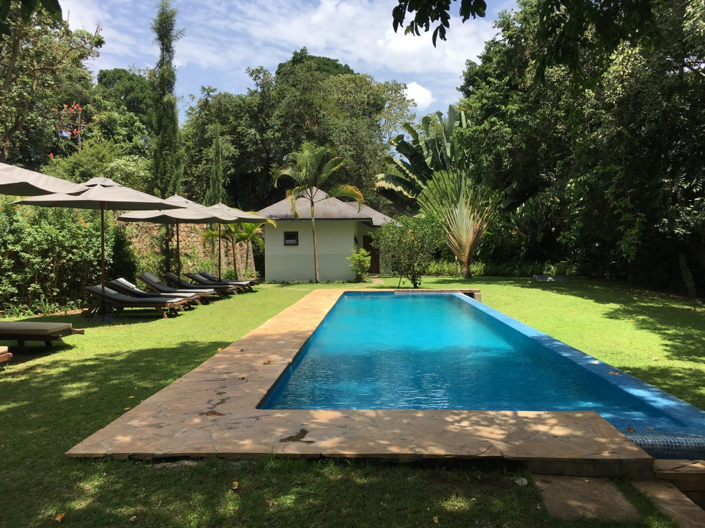 swimming pool at Lake Duluti Lodge