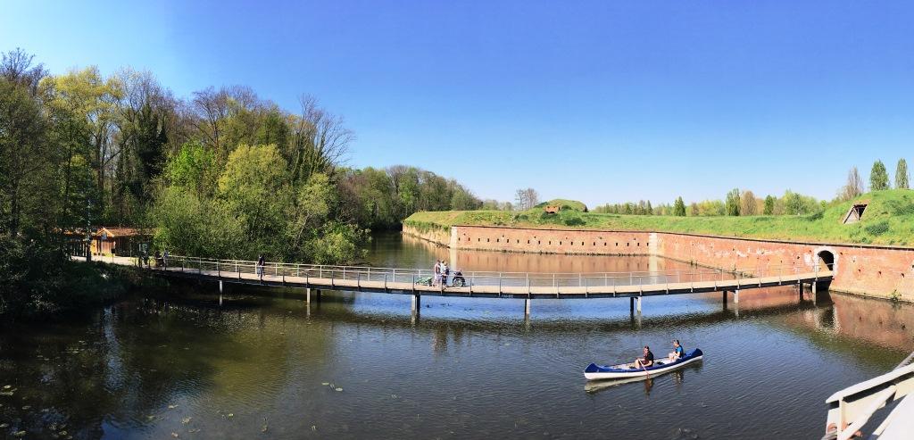 bridgehead park